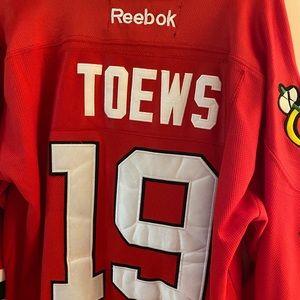 Reebok Chicago Blackhawks Toews Jersey Size 52